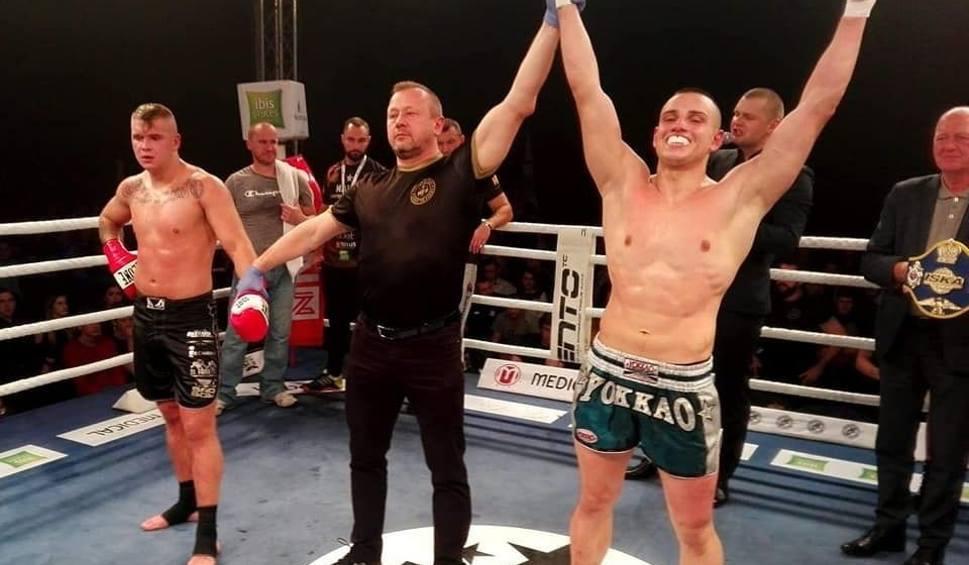 Film do artykułu: Pochodzący z Tarnobrzega Sebastian Dziama wywalczył tytuł mistrza Polski w K-1! (wideo, zdjęcia)