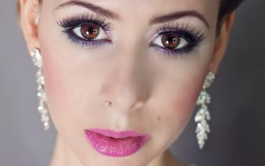 Makijaż panny młodej w stylu glamour