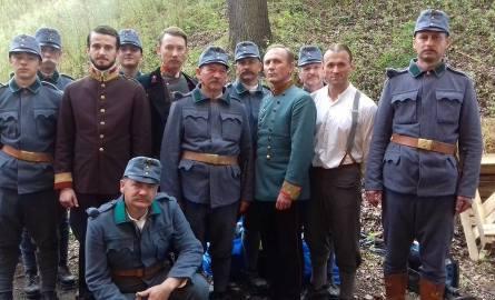 W sobotę członkowie Kozienickiego Stowarzyszenia Rekonstrukcji Historycznych byli na planie filmowym nowego filmu Krzysztofa Zanussiego. Zdjęcia odbyły
