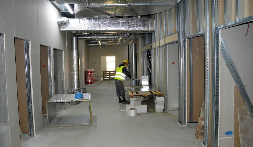 Film do artykułu: Powstaje centralna sterylizatornia i blok operacyjny w szpitalu w Stalowej Woli
