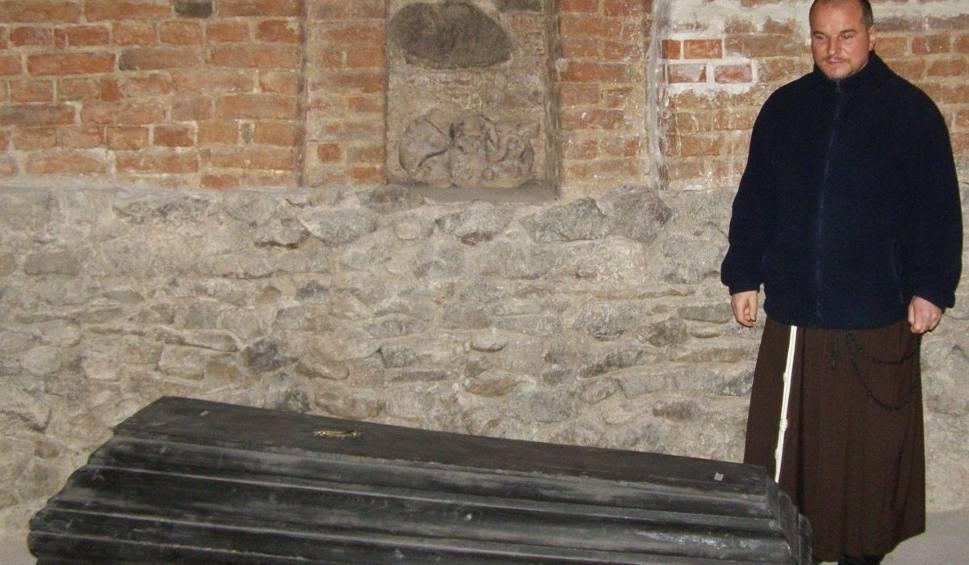 Film do artykułu: Duchy w klasztorze w Stalowej Woli? Niektórzy w nie wierzą