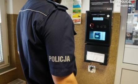 Alkomat do sprawdzania trzeźwości  na komendzie w Jastrzębiu-Zdroju