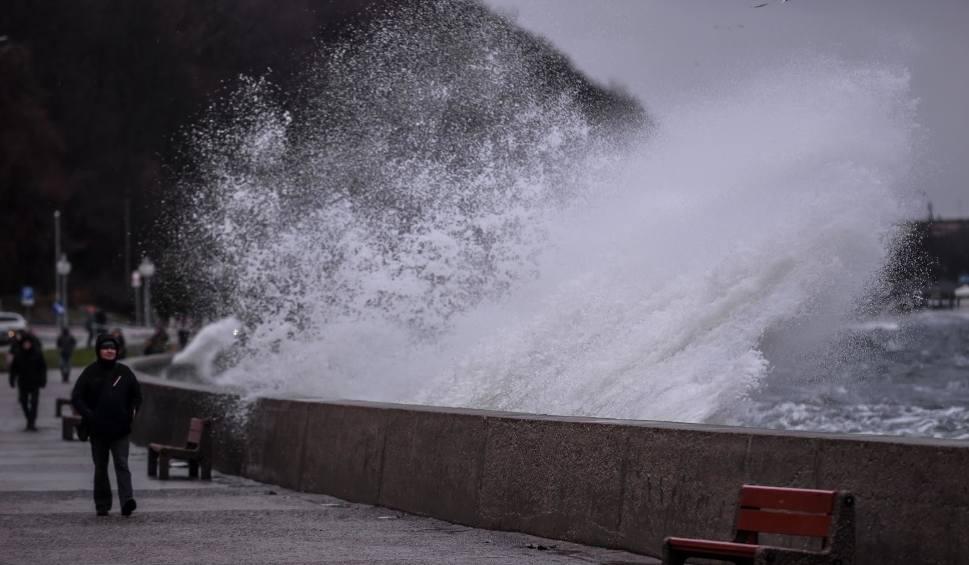 Film do artykułu: Jak będzie wyglądało Pomorze, gdy podniesie się poziom wód? Morze będzie się wdzierać do Gdańska [WIZUALIZACJE]