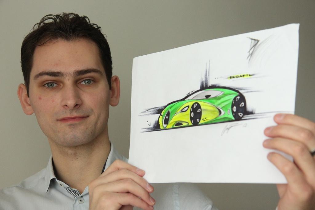 - Bywa, że zrywam się z łóżka o drugiej w nocy i produkuję kolejne rysunki aut. Przez dwadzieścia godzin non stop - mówi Paweł.