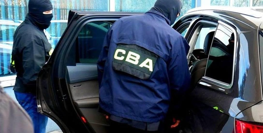 Podejrzewany szef gangu wyłudzającego VAT i adwokat zatrzymani przez agentów z białostockiej CBA