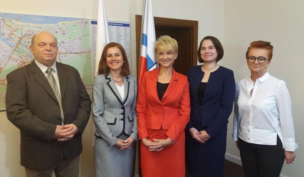 Film do artykułu: Trzy kobiety rządzą w Kołobrzegu. Prezydent Mieczkowska przedstawiła swoje zastępczynie