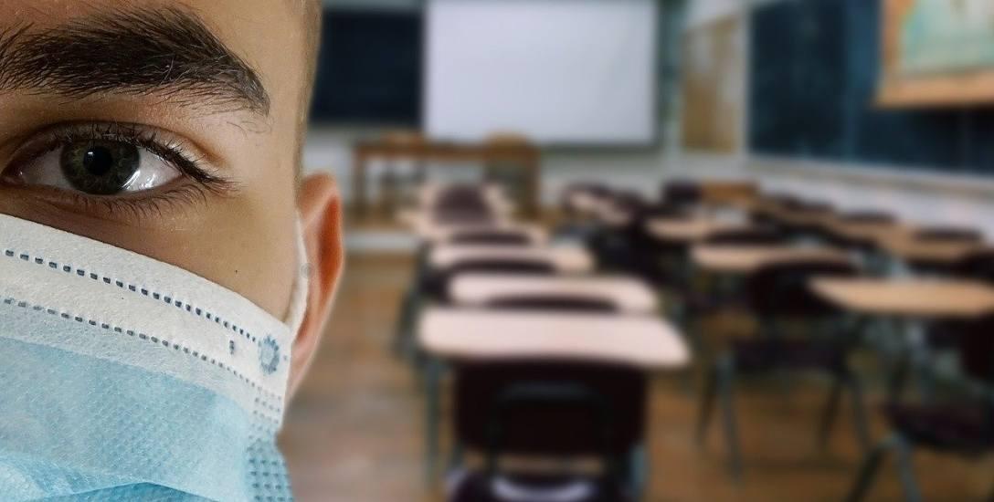 Dyrekcja Zespołu Edukacyjnego nr 4 w Zielonej Górze Drzonkowie jest cały czas w kontakcie z sanepidem i realizuje nakazane procedury (zdjęcie ilustr