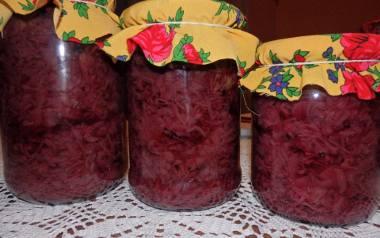 Sałatka z czerwonej kapusty na zimę.