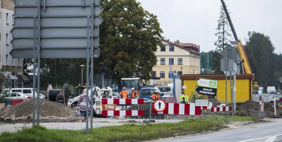 Gruntowna modernizacja Szosy Chełmińskiej (z budową nowej nitki włącznie) trwa od kwietnia, a zakończy się w czerwcu przyszłego roku. W najbliższym czasie
