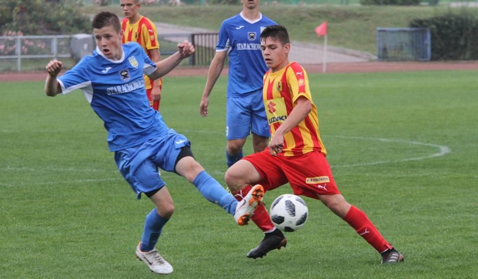 Film do artykułu: Świętokrzyskie derby w Starachowicach dla Korony Kielce. Wygrała z Juventą 4:0