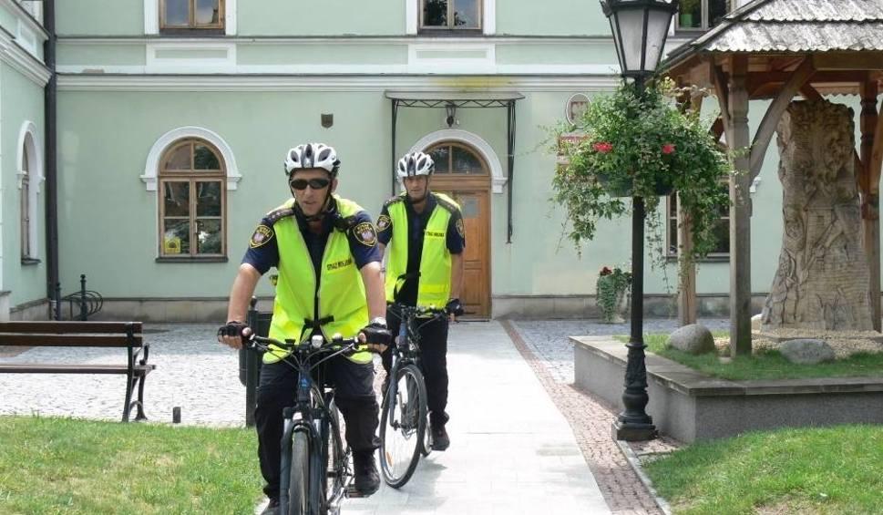 Film do artykułu: Nowy burmistrz Sandomierza Marcin Marzec zmienia pracę Straży Miejskiej. Będzie więcej patroli na ulicach