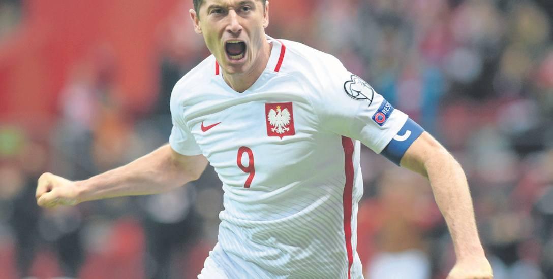 """Robert Lewandowski nie krył rozczarowania tym, że w plebiscycie Złotej Piłki """"France Football"""" zajął dopiero 16. miejsce.  Wyżej  znaleźli się m.in."""