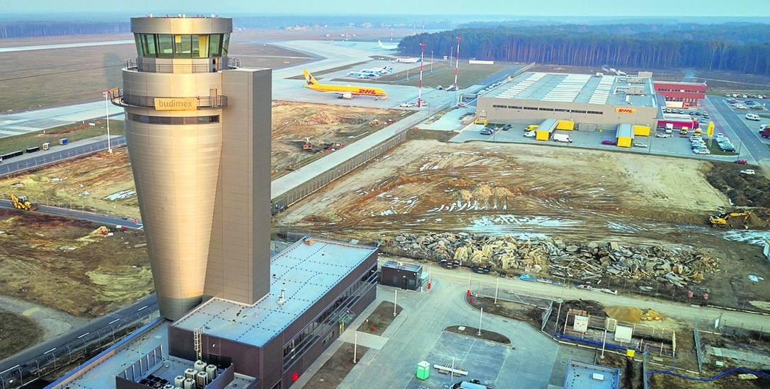 Oto lotnisko w Pyrzowicach z nową wieżą. Teraz chcą stawiać terminal pasażerski