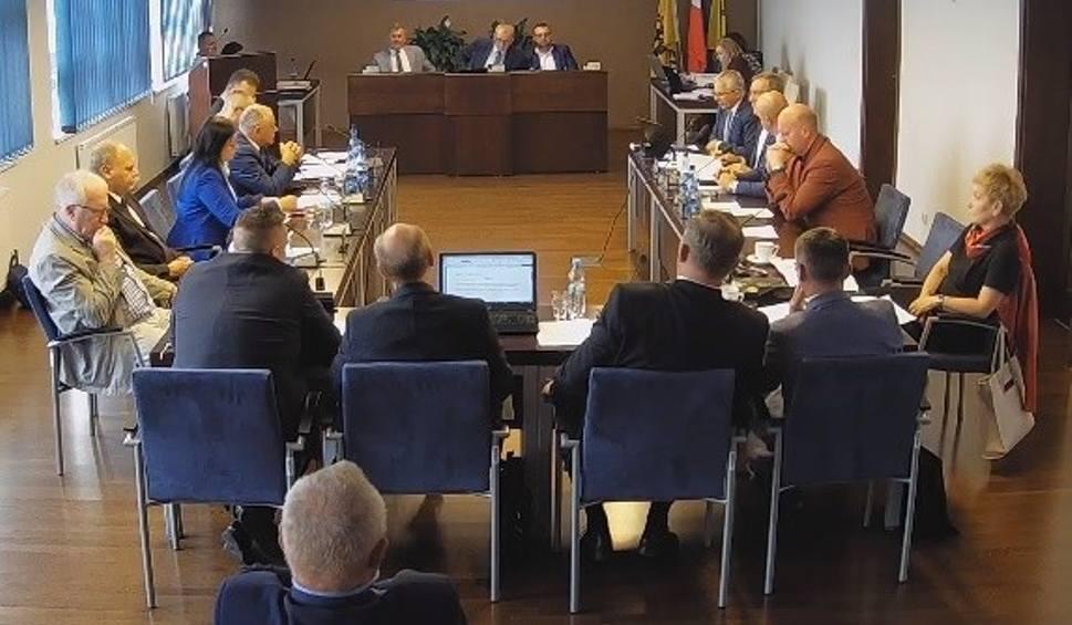 Film do artykułu: Rada powiatu nie uchyliła swojej wadliwej uchwały o zakazie dla skuterów i motorówek