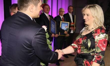Doktor Elwira Gilewska-Szwajca zajęła piąte miejsce w Kielcach. Gratuluje jej europoseł Jacek Włosowicz.