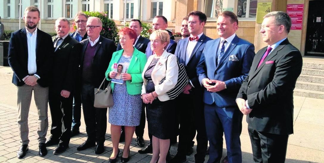 Kandydatów Prawa i Sprawiedliwości do Rady Miasta Torunia oraz sejmiku wojewódzkiego poparł wczoraj wiceminister Krzysztof Czabański, który spotkał się