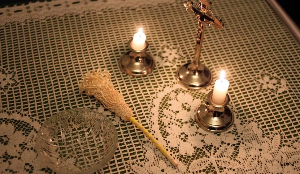 Film do artykułu: Kolęda 2018: w Śląskiem księża już w pierwszych dniach grudnia zaczęli odwiedzać wiernych w domach
