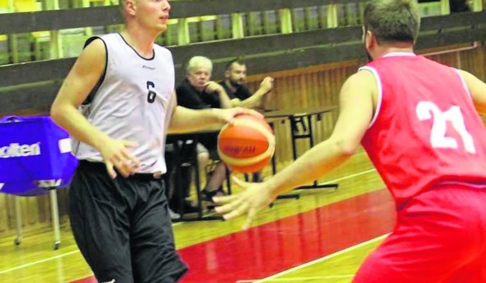 Film do artykułu: 2. liga koszykarzy. Piotr Pandura wciąż nie znalazł sobie klubu
