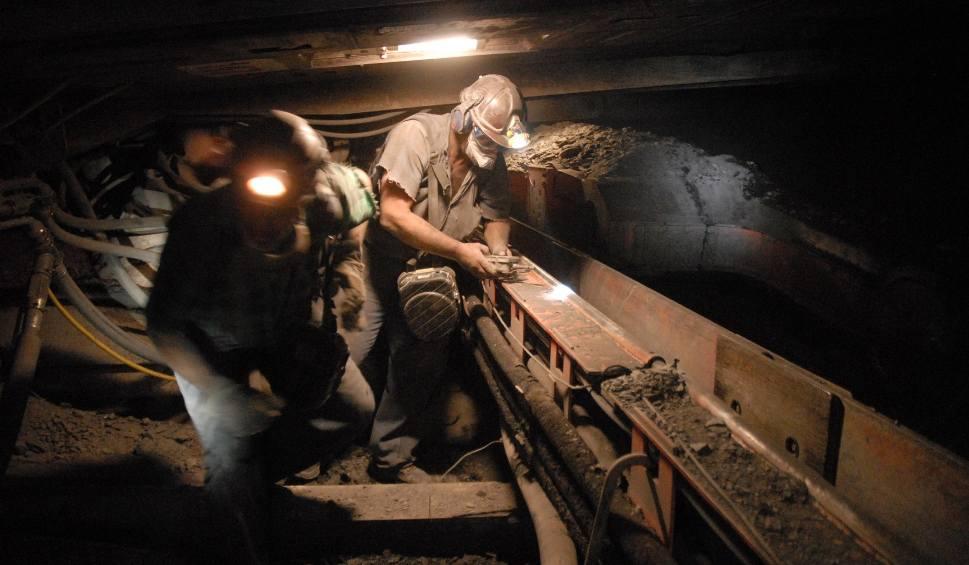 Film do artykułu: Kopalnia w Bogdance: Rosną pensje górników. Chcieli dziesięć procent podwyżki, będzie pięć