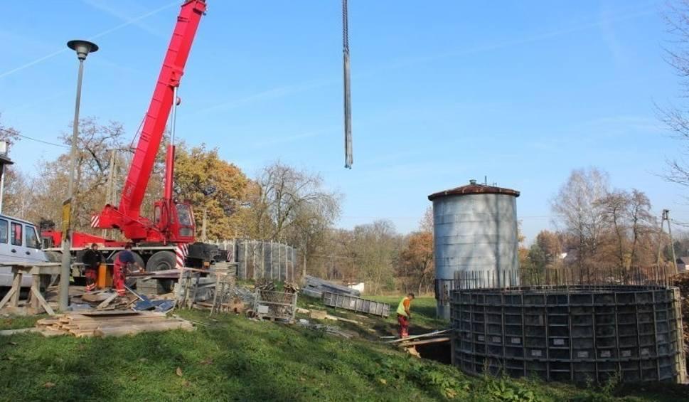Film do artykułu: Gdów. Nowy zbiornik wody zabezpieczy północ gminy