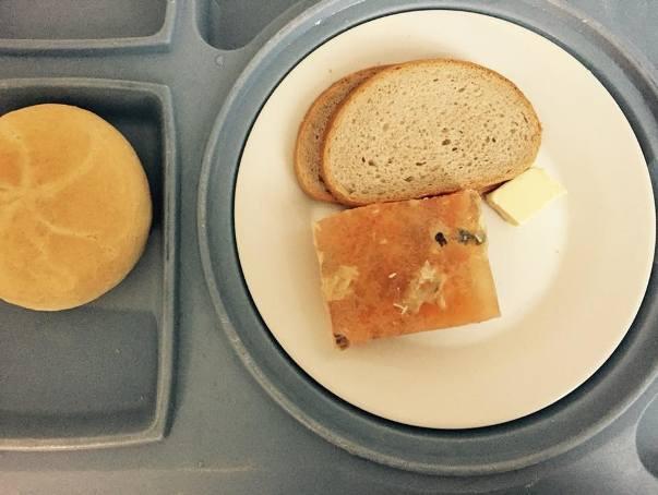 Posiłki w podlaskich szpitalach 2019. Zgroza! (zdjęcia)