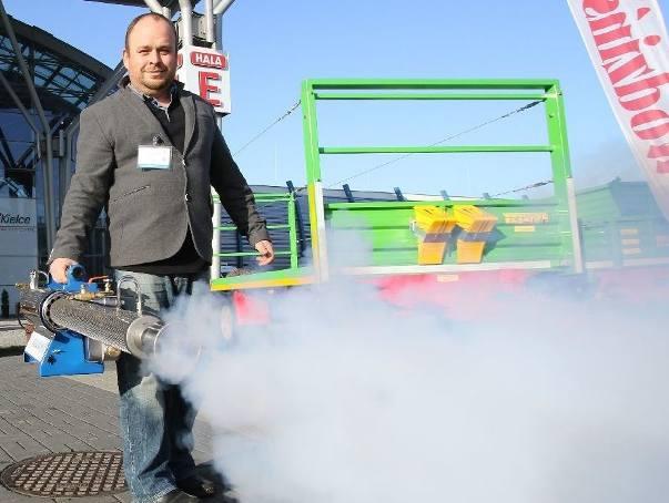 Ciągniki, ledy i mgła... Hort-Technika ruszyła! (zdjęcia, wideo)