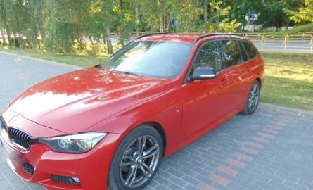Wypadek  w Piszu. Rowerzystka wjechała w tył BMW (zdjęcia)