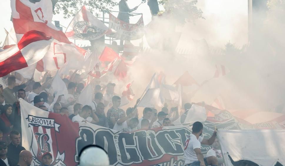 Film do artykułu: Derby Stal Rzeszów - Apklan Resovia. Doping kibiców [WIDEO]