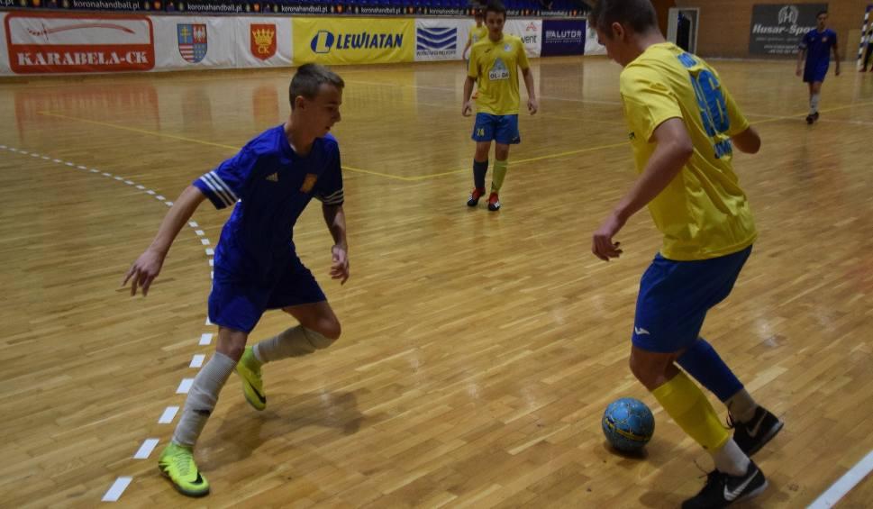 Film do artykułu: Świętokrzyski Parafialny Klub Sportowy Rodzina Kielce zorganizował turniej piłkarski. Wygrał Igloopol Dębica (ZDJĘCIA)