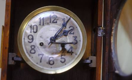 Zmiana czasu ostatni raz. Kiedy? Posłowie PE zagłosowali za zakończeniem praktyki przesuwania zegarów o godzinę wiosną i jesienią, od 2021 roku.