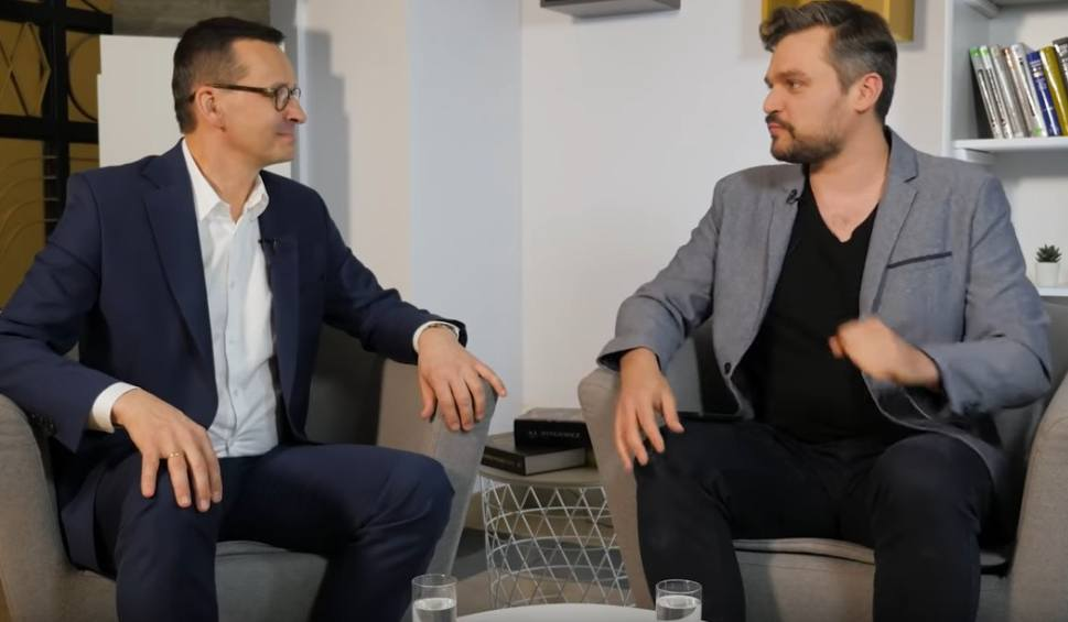 """Film do artykułu: Uczniowie wrócą od września do szkół? Premier Morawiecki w """"MaturaToBzdura"""" o tym, jak wygląda matura w dobie koronawirusa"""