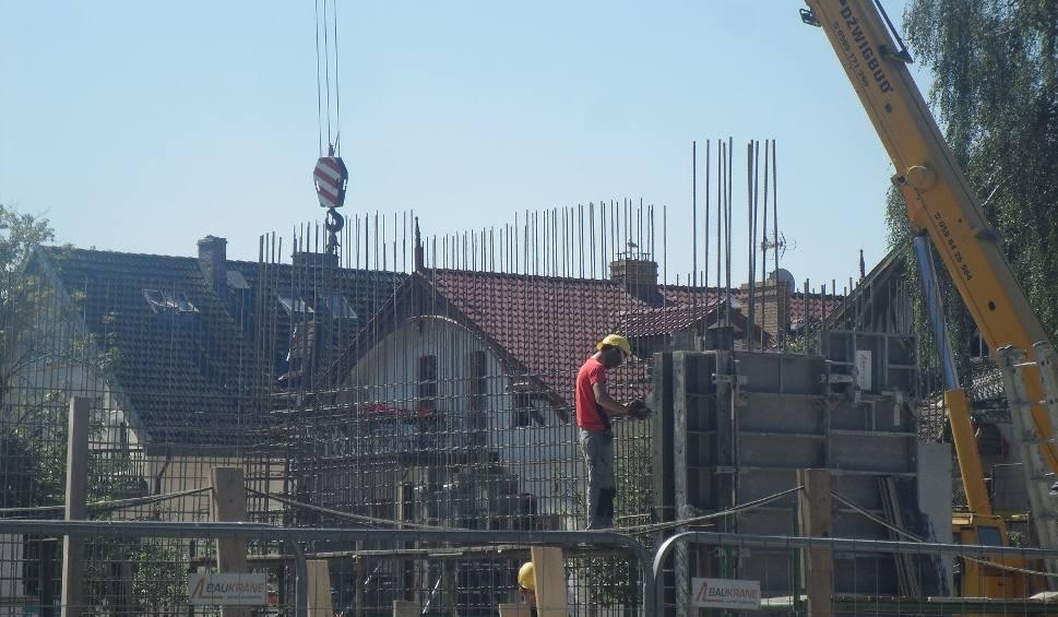 Film do artykułu: Postępuje budowa hotelu przy ul. Żeromskiego w Ustce