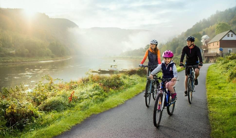 Film do artykułu: Czechy na rowerach elektrycznych. Sprawdź, gdzie je możesz wypożyczyć