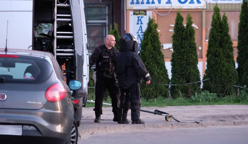 Film do artykułu: Alarm bombowy na dworcu PKS Białystok. Bomba miała być owinięta folią (zdjęcia, wideo)