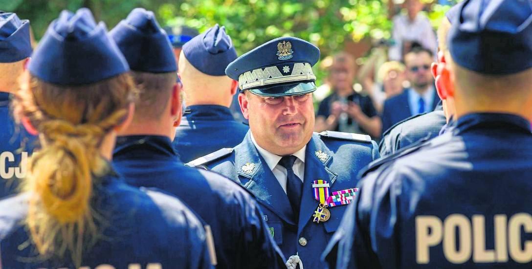 Insp. Daniel Kołnierowicz został Komendantem Wojewódzkim Policji w Białymstoku 12 stycznia 2016 roku. Już kilka miesięcy później otrzymał awans na stopień