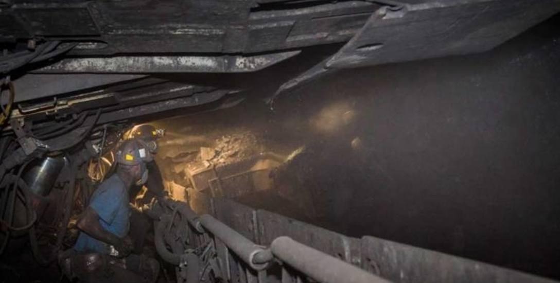 Przez koronawirusa górnicy mogą zostać skoszarowani