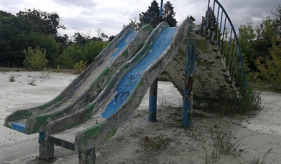 Film do artykułu: Dawny basen termalno-solankowy w Ciechocinku. Tak wygląda obecnie jedna z największych atrakcji tego miasteczka