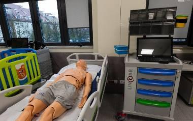 Inwestycja Pomorskiego Uniwersytetu Medycznego: Fantomy i operacje  jak prawdziwe