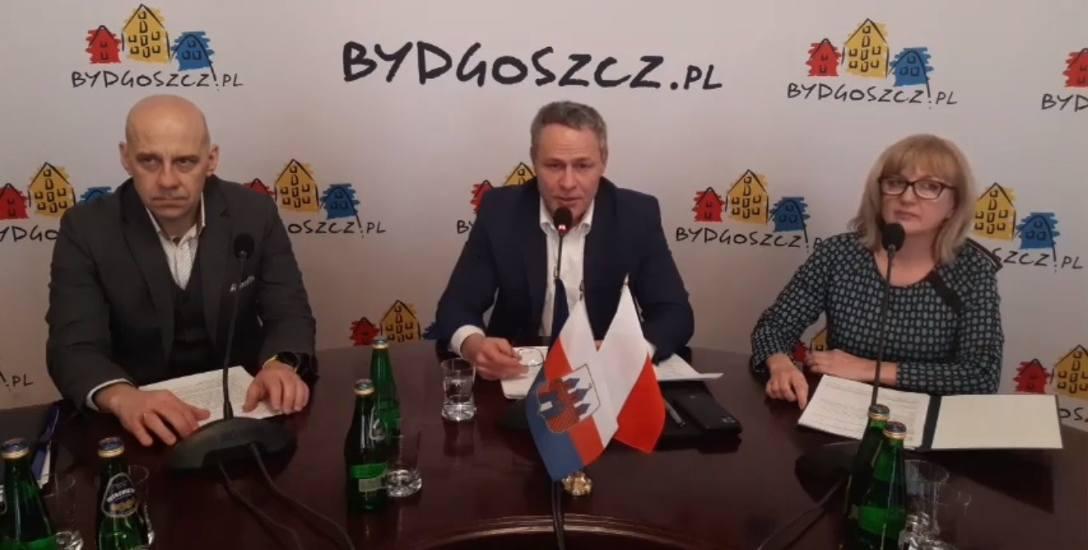 Wczoraj prezydent Bruski zorganizował konferencję online w związku z bieżącymi działaniami podejmowanymi w związku z koronawirusem.