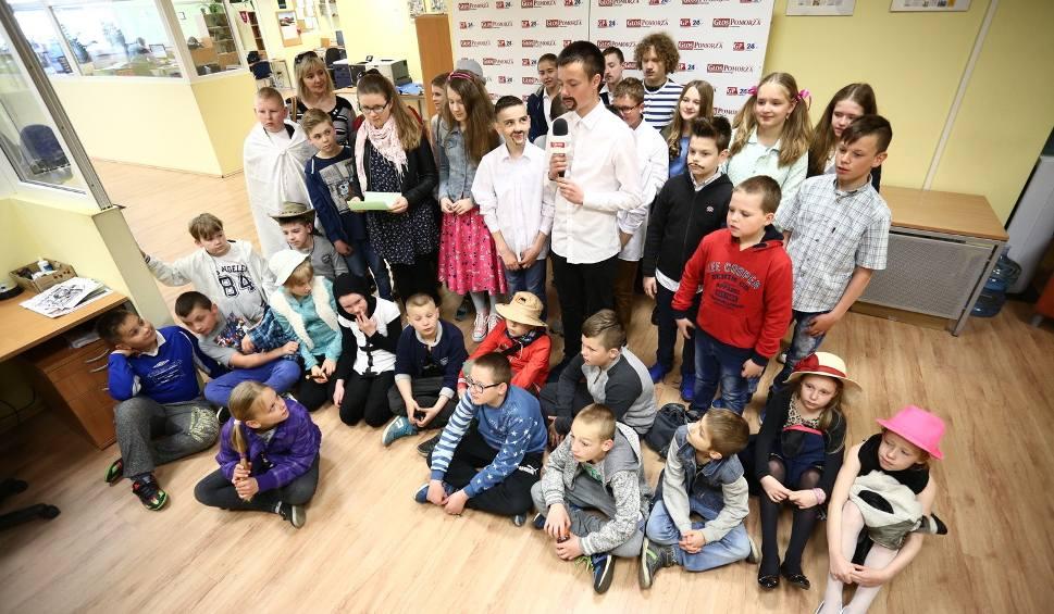 Film do artykułu: Uczniowie SP 1 świętowali 170. urodziny Henryka Sienkiewicza