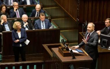 """Projekt ustawy """"Za Życiem"""" czeka na podpis prezydenta"""