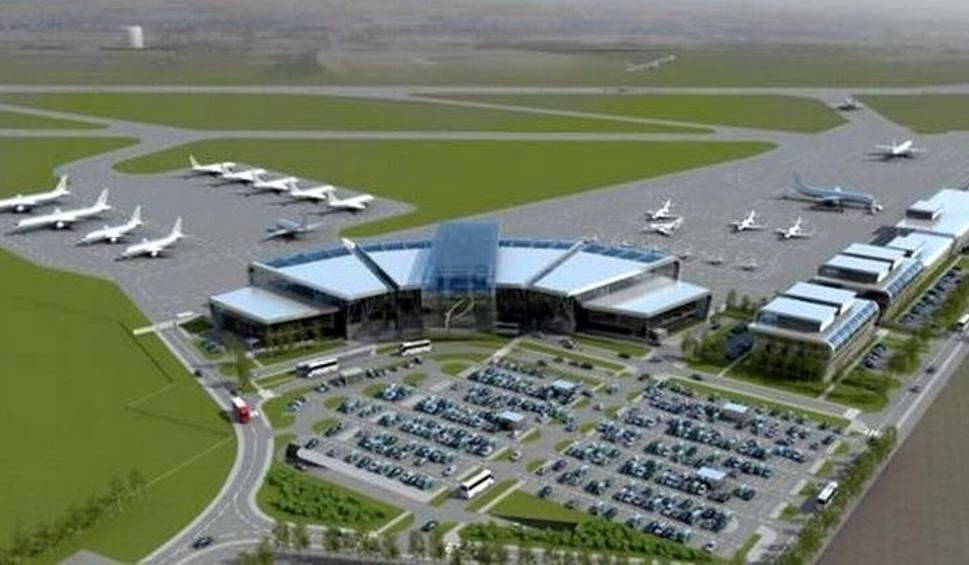 Film do artykułu: Port Lotniczy Radom. Lotnisko na Sadkowie ma być gotowe przed następnym Air Show. Taki termin modernizacji Portu podaje ministerstwo