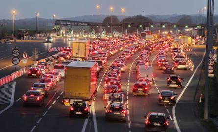 System video tolling na autostradzie A4 Katowice - Kraków. Stalexport Autostrada Małopolska SA robi testy. Kiedy zapłacimy telefonem?