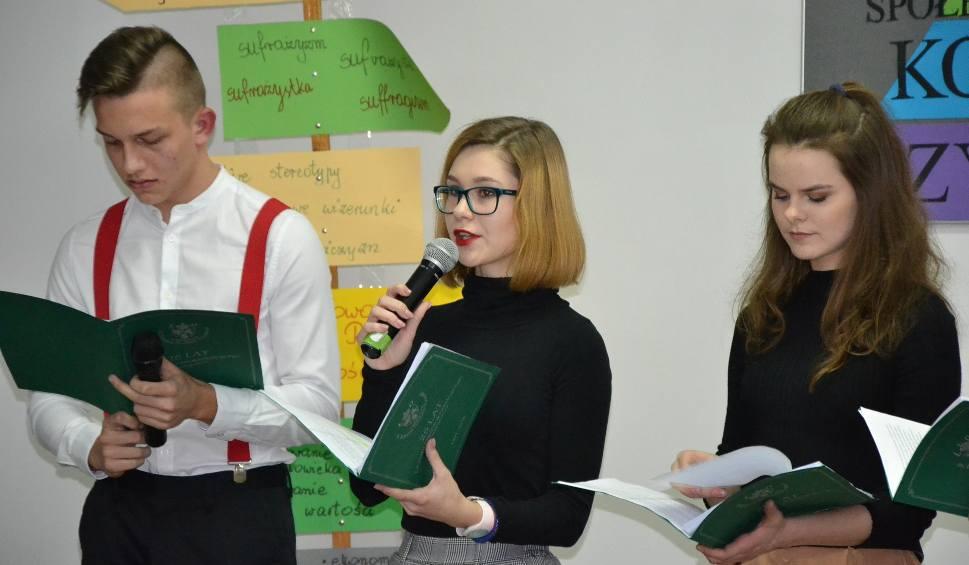 """Film do artykułu: W małogoskim liceum odbyło się spotkanie pod nazwą """"Arena Myśli"""""""