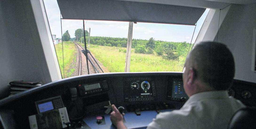 """Od soboty trzy pociągi Pendolino dowiozą turystów w sezonie letnim nad morze. Tańsza opcja i bezpośrednio łacząca Warszawę z Ustką to pociąg """"Słoneczny"""""""