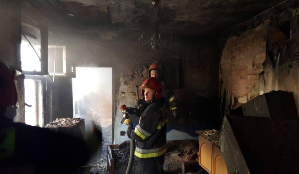 Film do artykułu: Duże straty w pożarze w kamienicy przy ul. Rybackiej w Grudziądzu [zdjęcia]