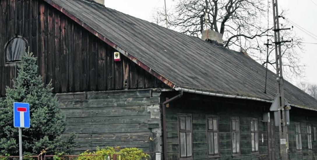 Zabytkowy dworek Konstancji Gładkowskiej od dawna stoi pusty i czeka na remont. Teraz nadeszła okazja na to...