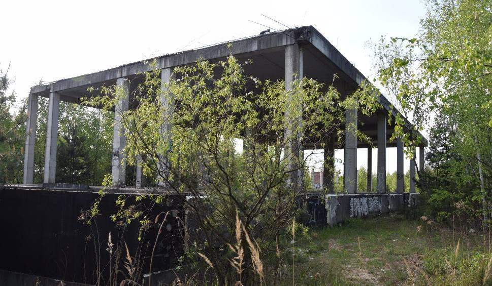 Film do artykułu: Jurajski Park Wodny w Ogrodzieńcu: zostały tylko ruiny. Miał być najbardziej luksusowym aquaparkiem w woj. śląskim