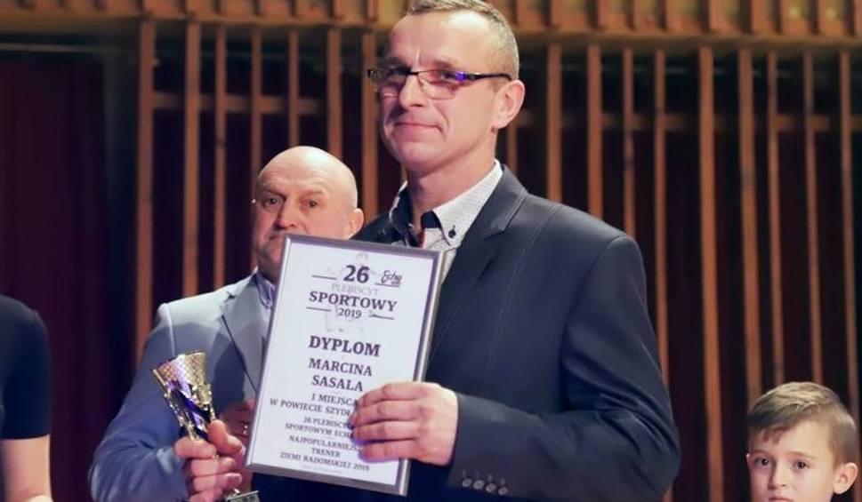 Film do artykułu: [WIDEO] Najlepszy Trener w powiecie szydłowieckim to Marcin Sasal. Co powiedział nasz laureat?