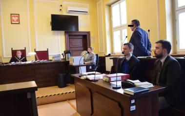 37-letni Andrzej K. dyrektorem szkoły im. Andrzeja Wajdy w Rudnikach jest od września 2015 roku.